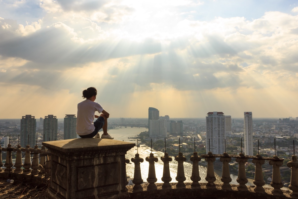 Discover Bangkok's thriving Gay Nightlife while staying in a Luxury Apartment in Sathorn!