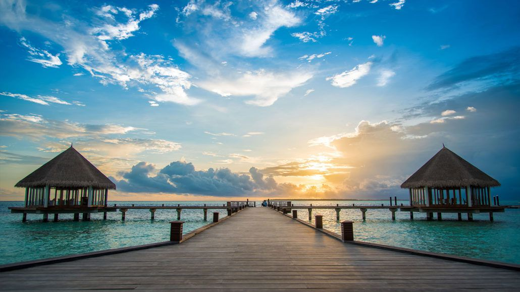 Bonding vacations in one of the best hotels in Maldives for families!