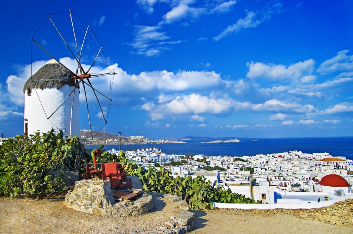 Exploring the beautiful Mykonos Island & Fun Things to do whilst there!