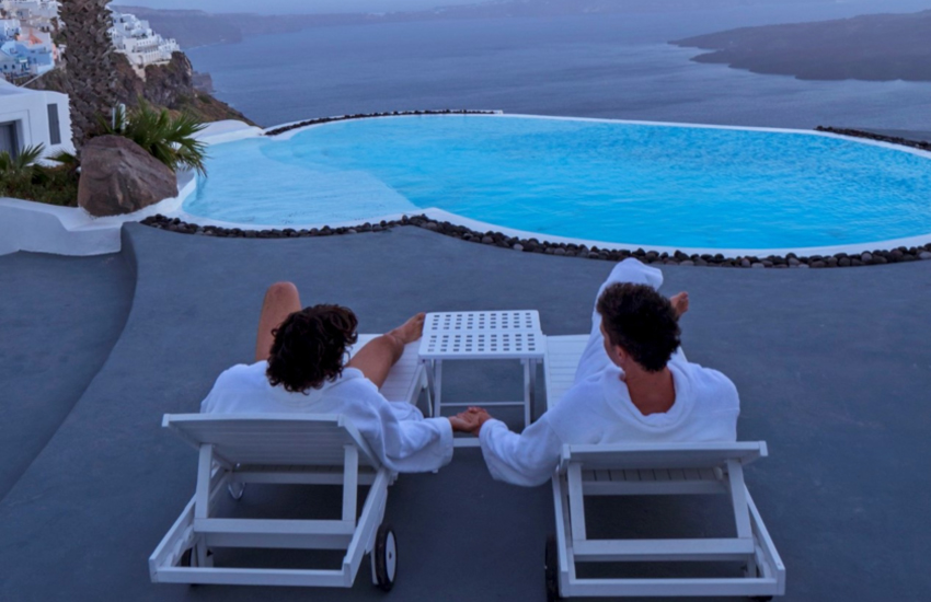 Gay Santorini for Couples: The Most Romantic Things to do!
