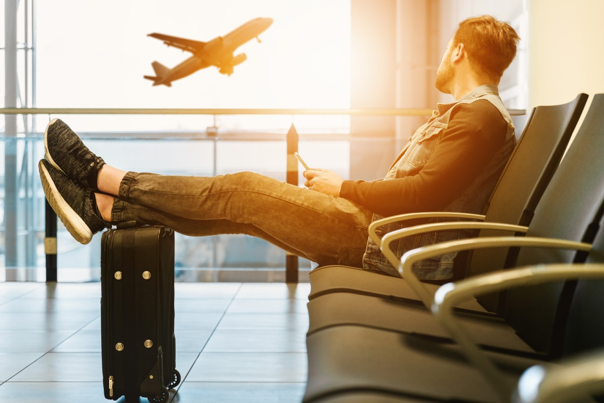How to Deal with Jet Lag Like a Pro
