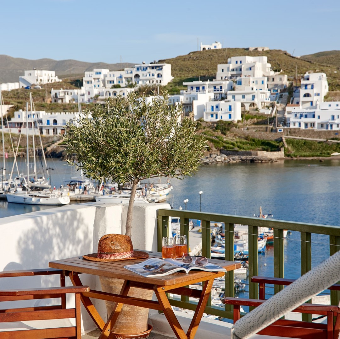 A Tailor-Made Experience for all Gay Travelers in Kythnos!