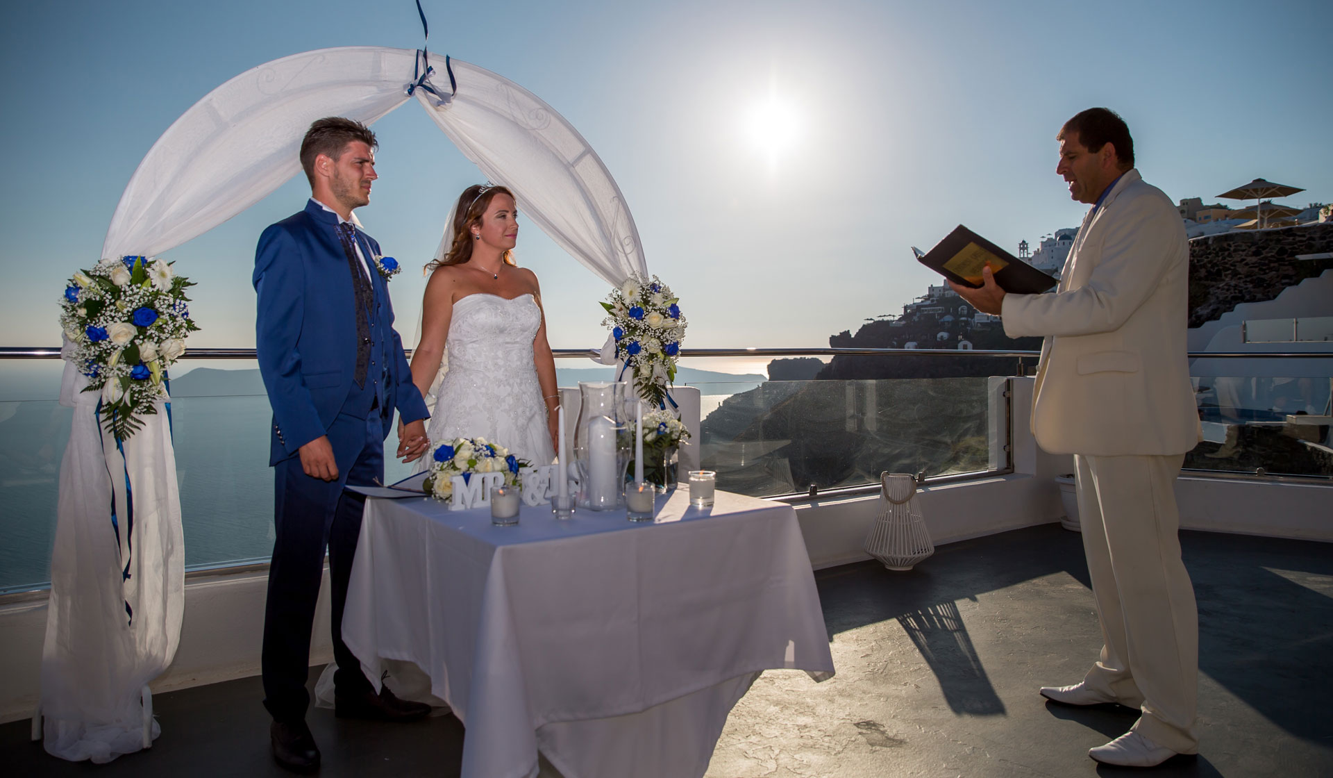 Getting Married in Santorini: The Perfect Continuity after the big yes!