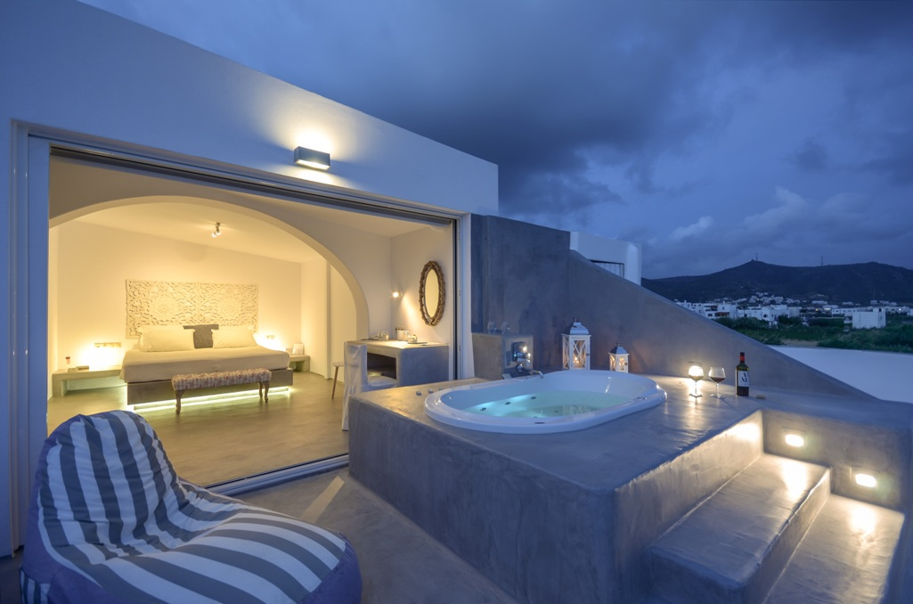 Where to stay in Naxos for a romantic experience that you will never forget!