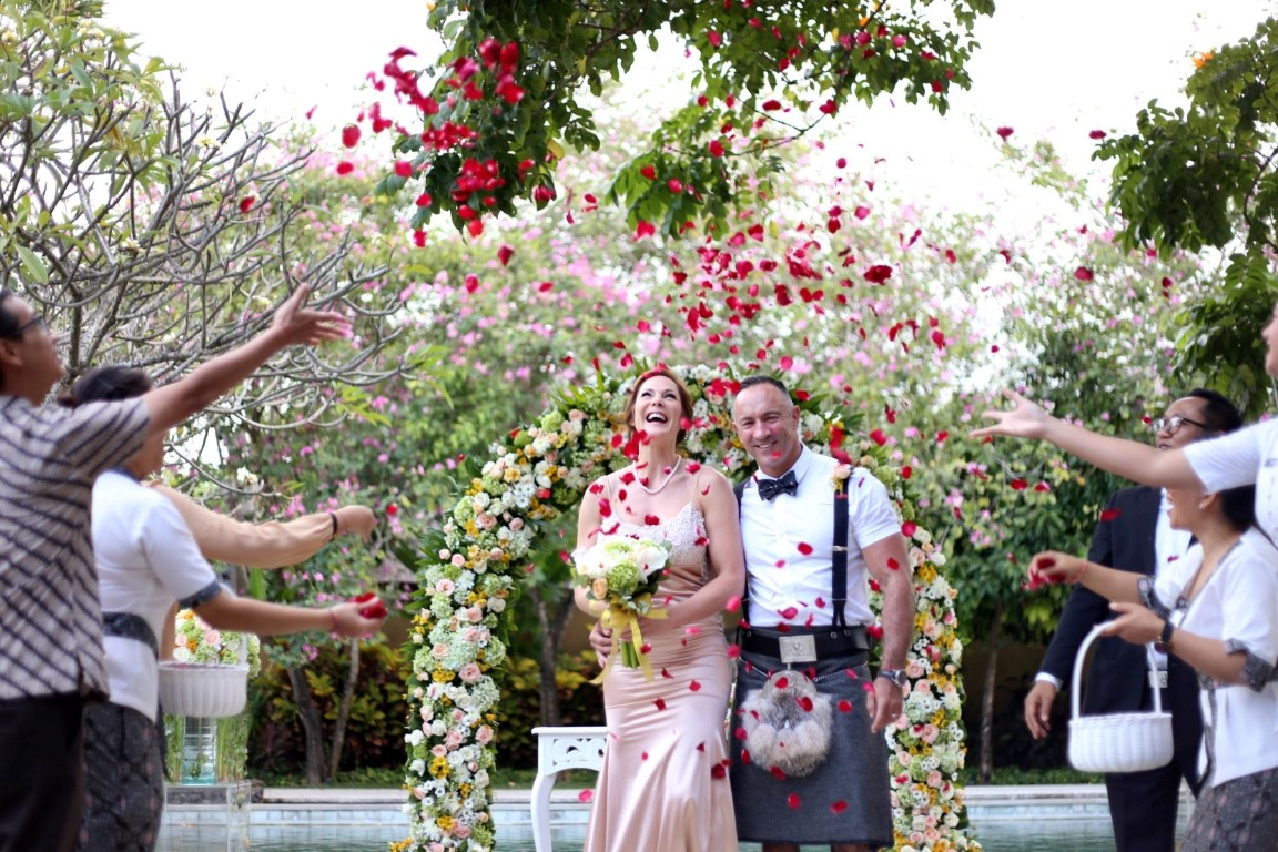 A luxury hotel in Bali becomes the perfect venue for memorable weddings!