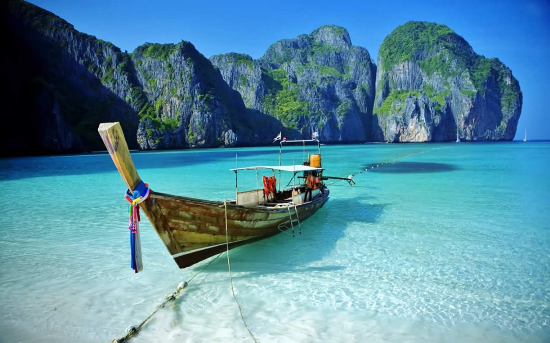 The best beaches to visit when in Phuket!
