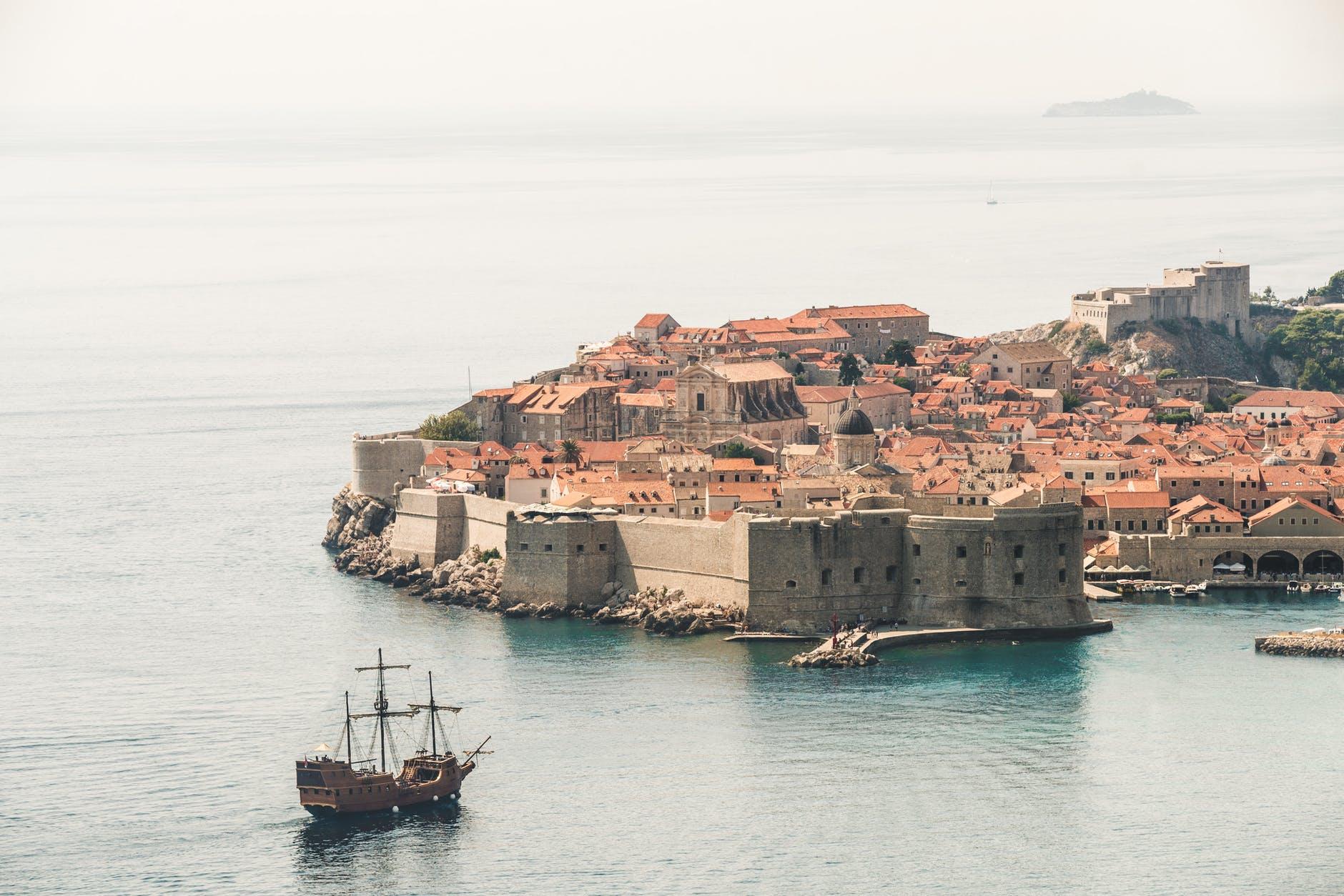 5 Unpopular Destinations to Travel This Summer