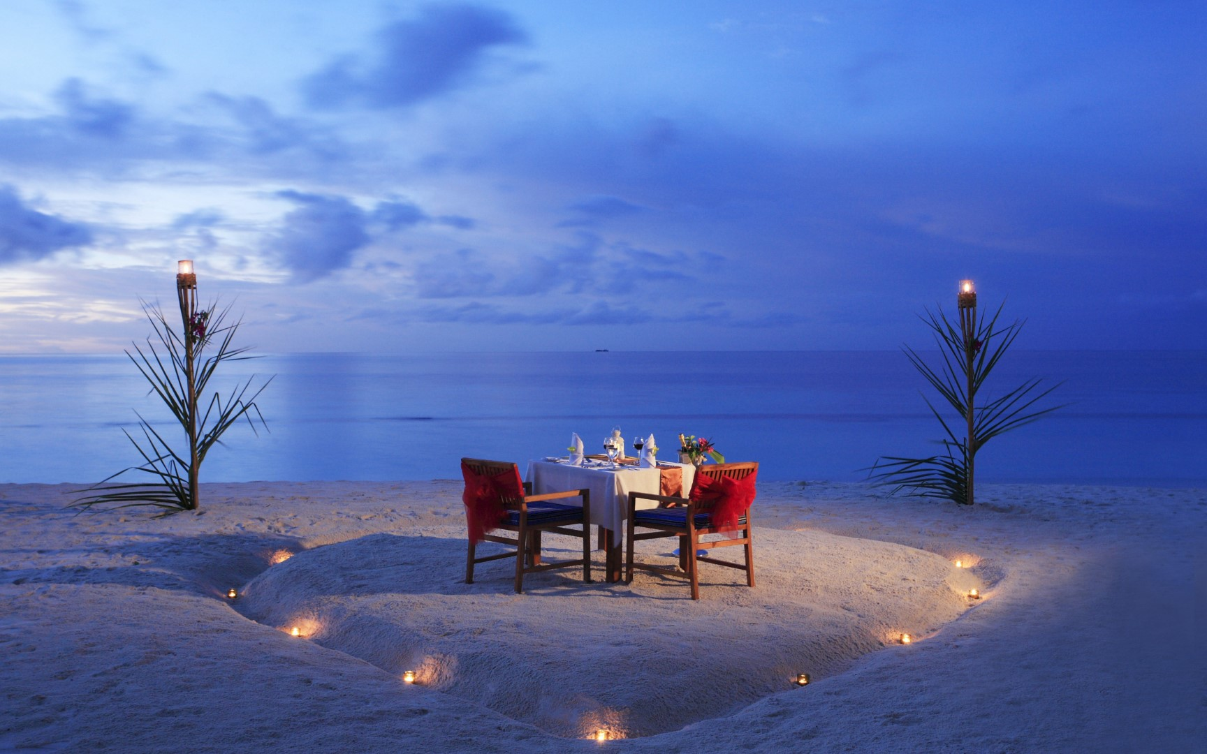"""The  """"Best Romantic Hotels Around the World"""" for  2019 are coming to Travel by Interest!"""