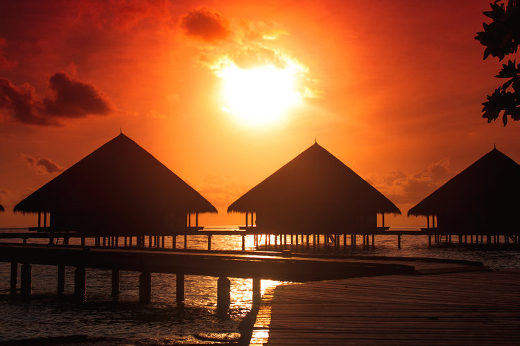 5 Captivating Photos of Sunsets in Maldives!