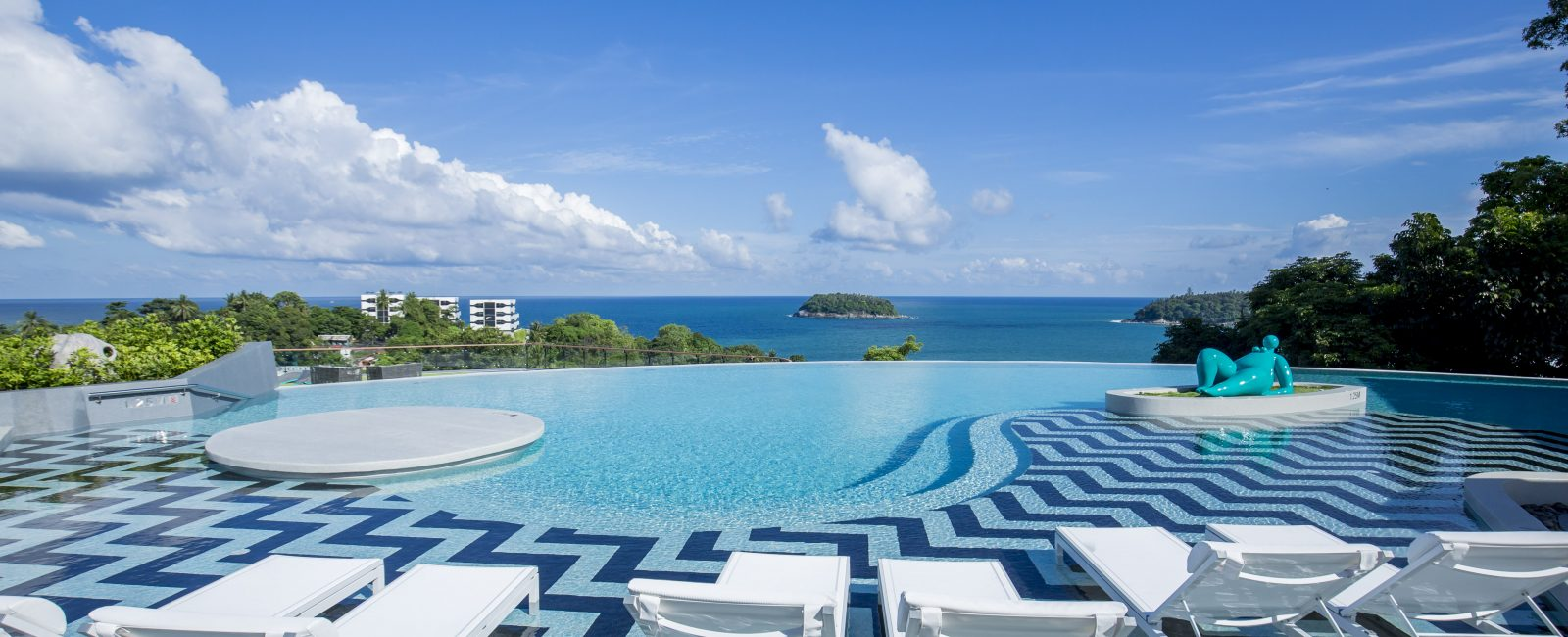 A Stylish Weekend in a traditional sea-side town of Phuket!