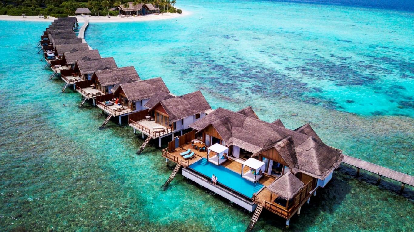 A Gay-friendly Maldives Resort to enjoy Exotic & Hassle-free Vacations