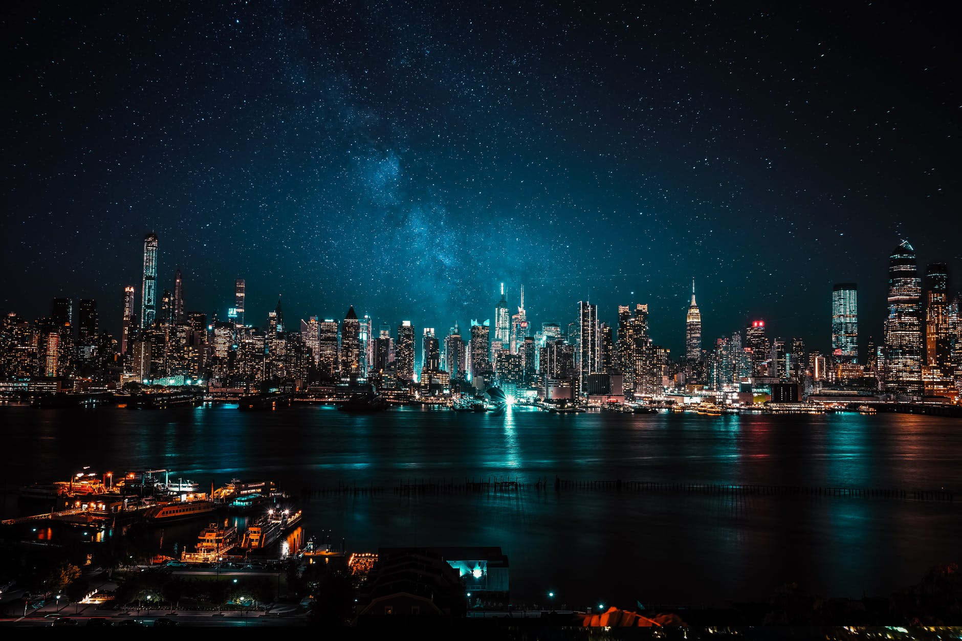 Cities with The Best Night-Time Experiences: You Will Love to Visit