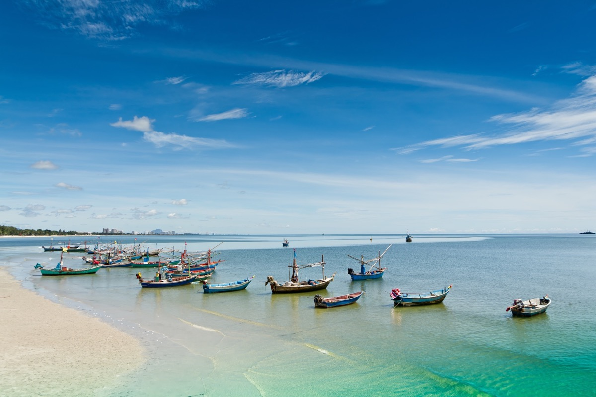 Hua Hin Beach: The Perfect Beach for Water Sports & Beach Relaxation!