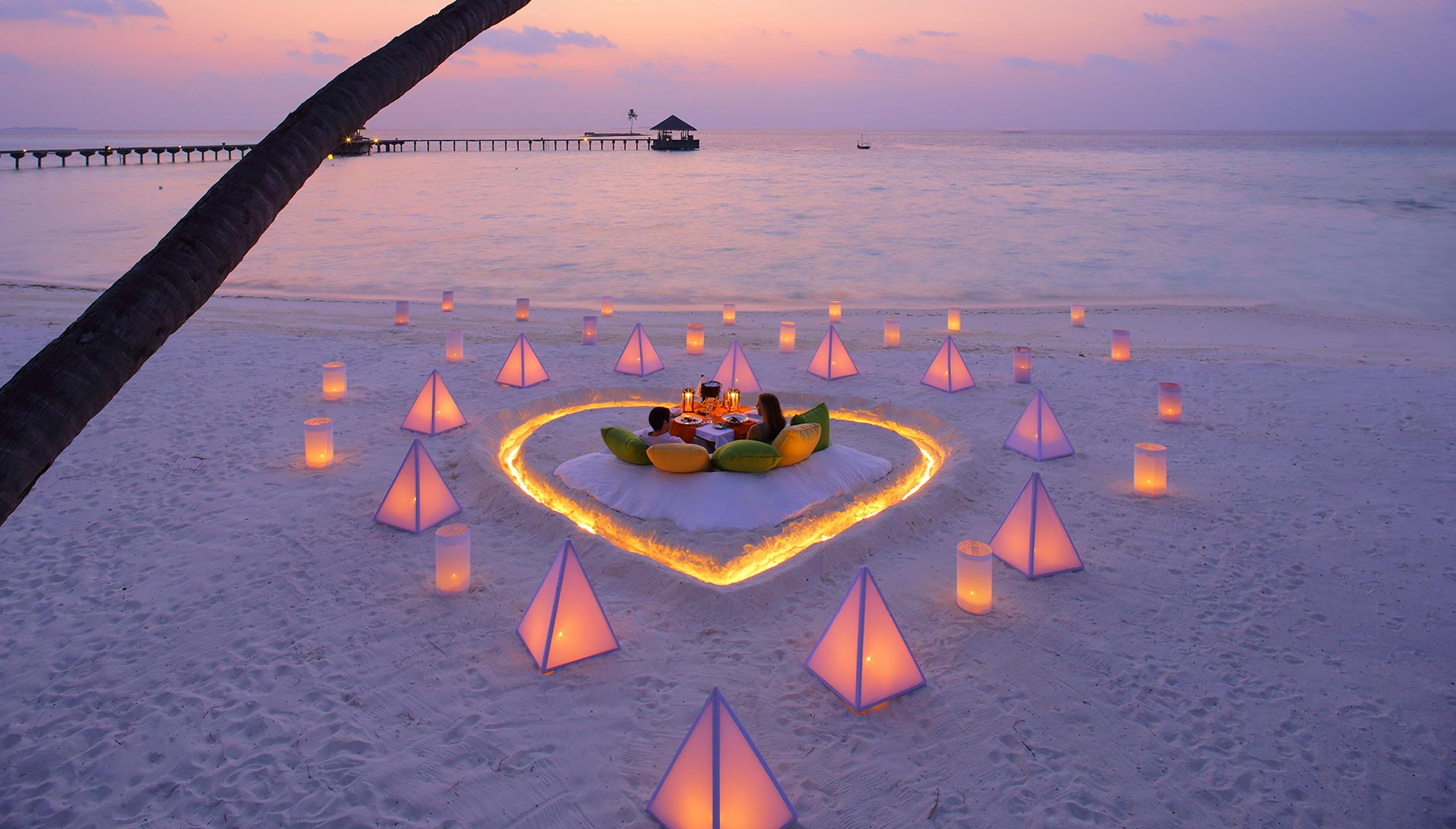 A barefoot honeymoon in the Maldives that will melt your heart!