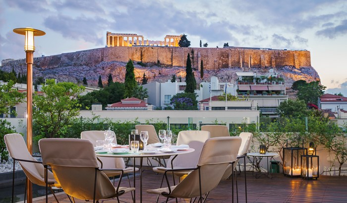 Point a, a gourmet dining experience in Athens overlooking the Parthenon and the Acropolis Museum!