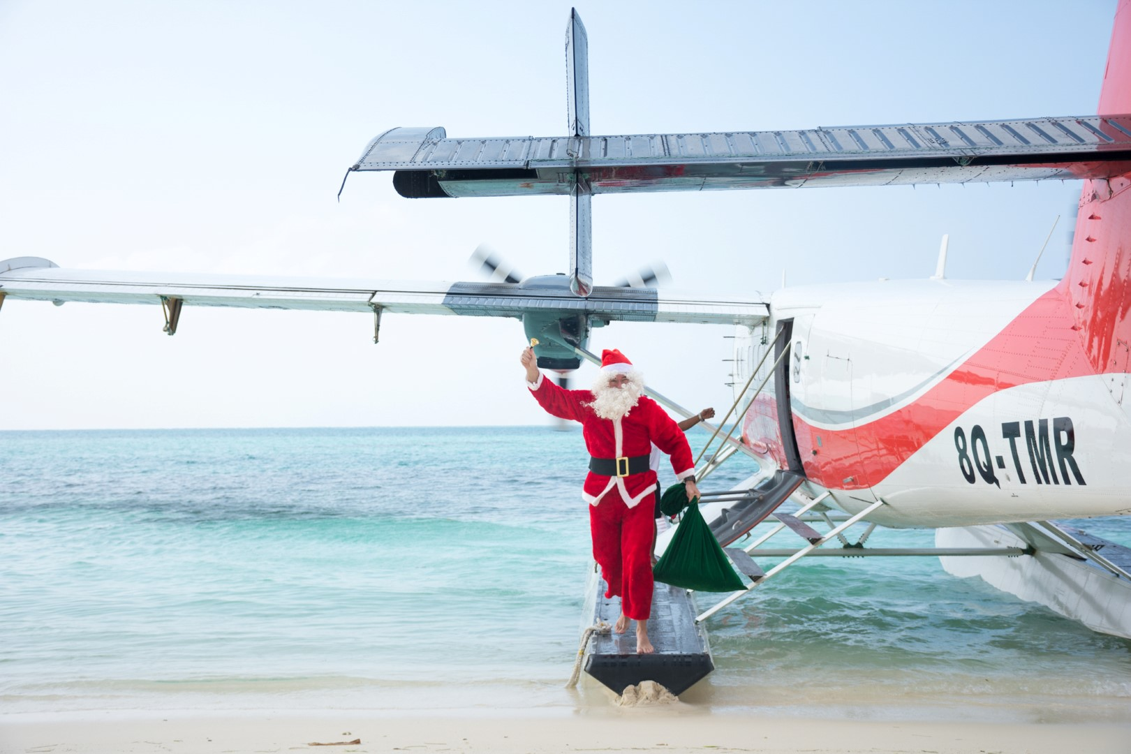 Christmas at Lux* South Ari Atoll: Disney-inspired Festivities!
