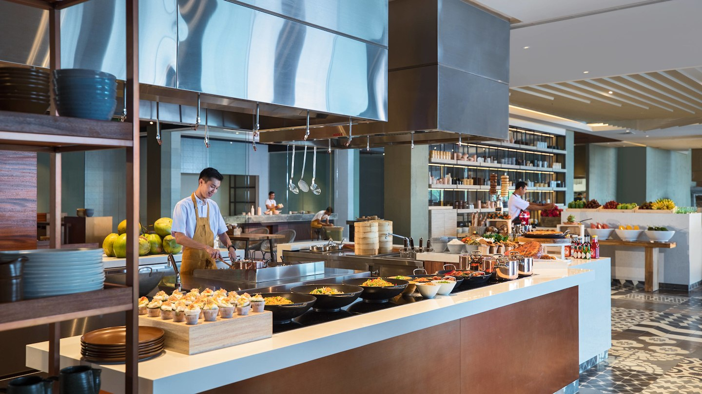 A luxury Hotel in Bali that stands out for its delicious buffet breakfast!