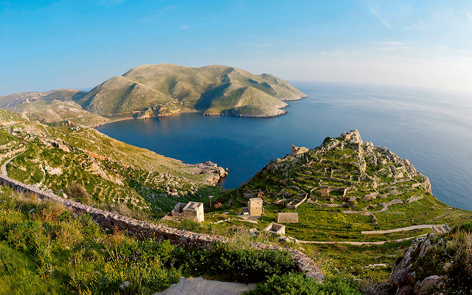 Peloponnese Beaches: How to reach them from Mani Village!