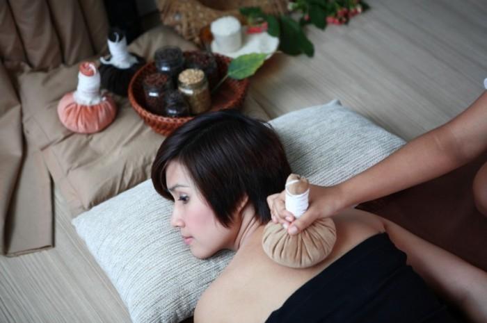 Thai Massage | Travel by Interest