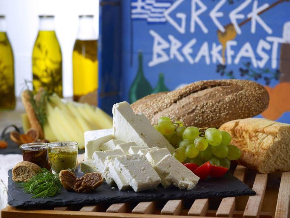 Travel by Interest   Hotel Breakfast   Sensimar Royal Blue